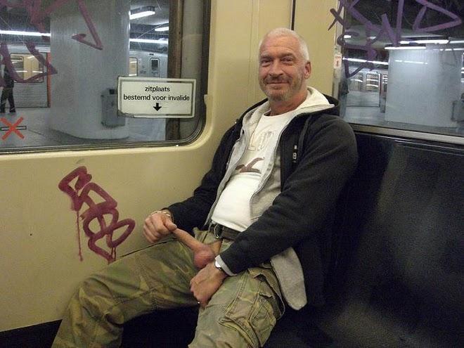 exhib dans le train gay lope