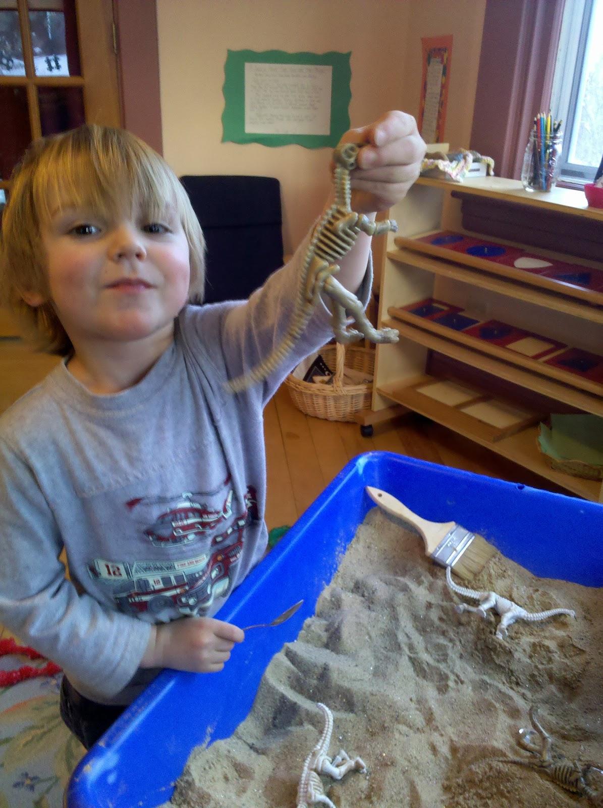 Montessori Mama Dinosaurs Roar