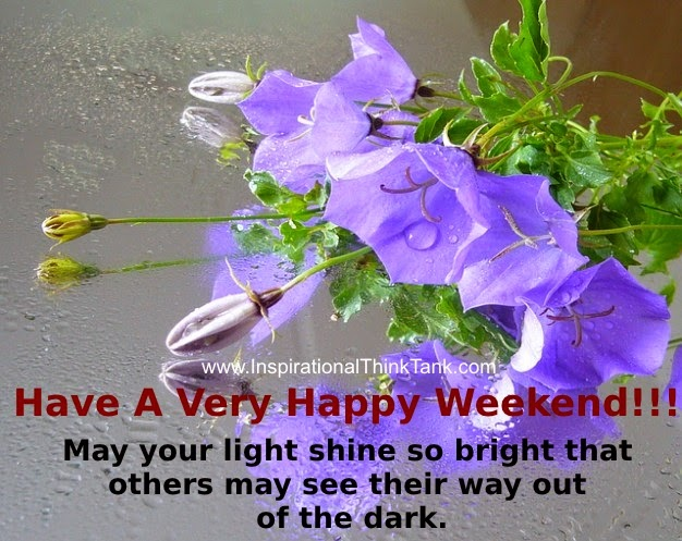 Nice Weekend Wishes On Flowers Image