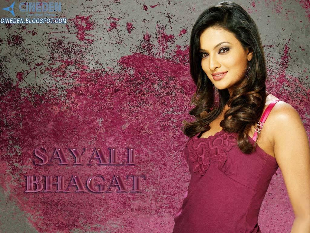 Sayali Bhagat : Brand Ambassador of MTNL Bharat Berry Services
