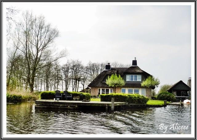 Giethoorn-venetia-olandei-casa
