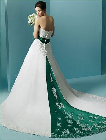 Alicia Sacramone Girls: celebities wedding dresses
