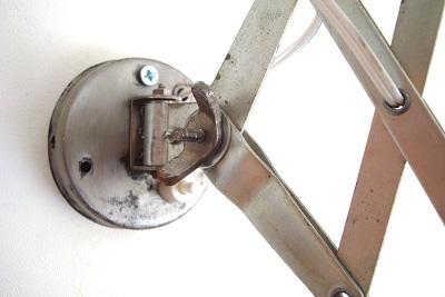 Flexos vintage valencia. lámparas pared antiguas con brazo metálico extensible