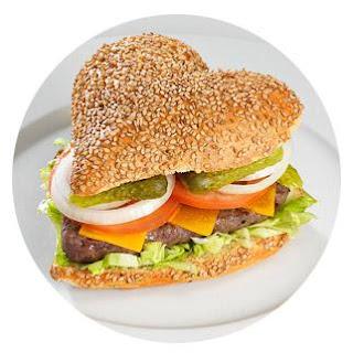 hamburguesas sin gluten en forma de corazón, ideal para nuestro menú libre de gluten