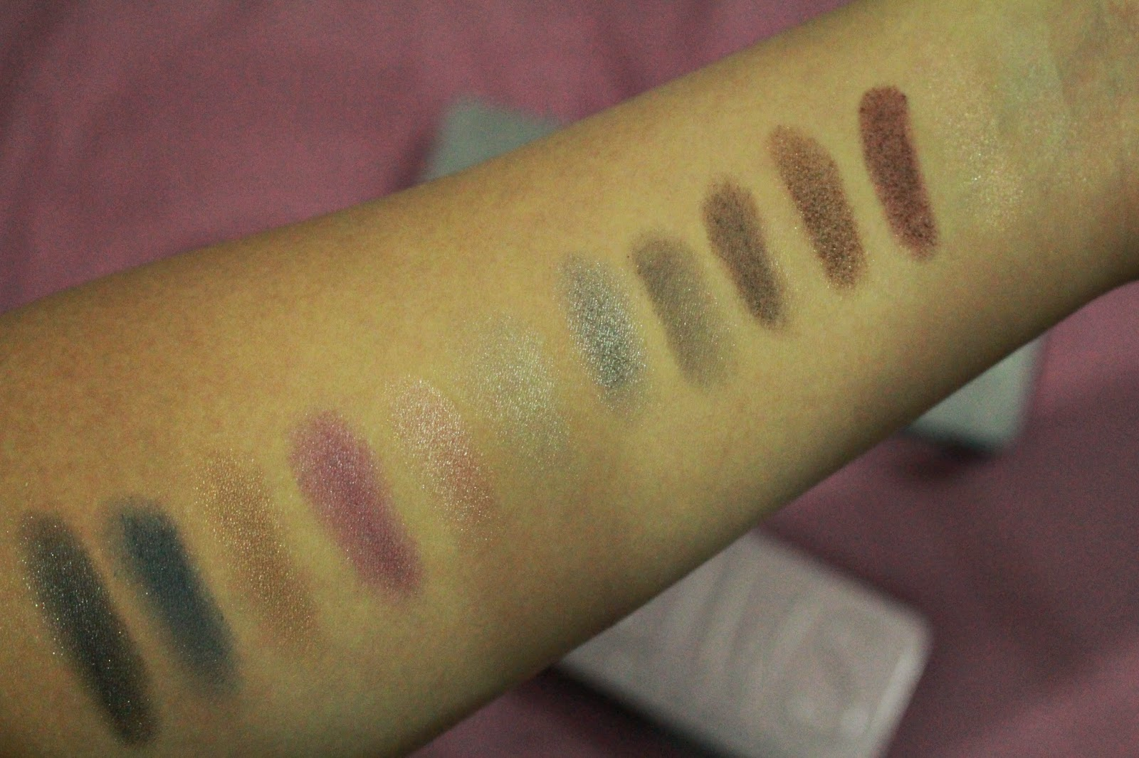 Models Prefer Limited Edition 'Shadows' Holiday Palettes 2014 (Party Glam & Day to Night) Swatches