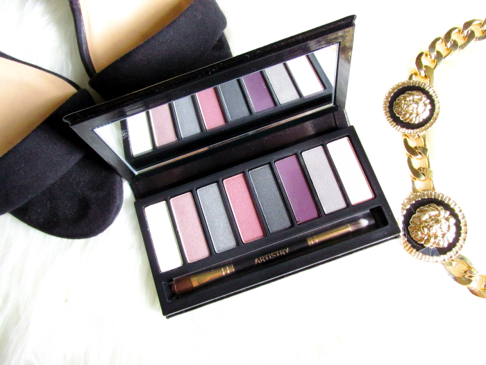 Review: ARTISTRY Little Black Dress Eyeshadow Palette by Amway