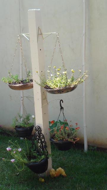 Do avental ao salto alto: ideias criativas para seu jardim
