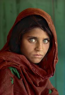 Steve McCurry Sharbat Gula ragazza afghana