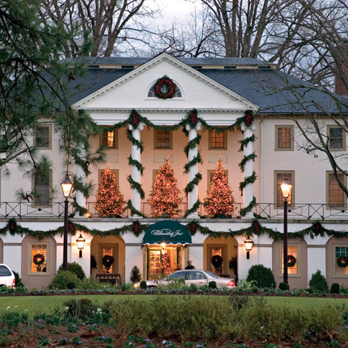 You May Be Wandering: Holiday Decorations From Hotels