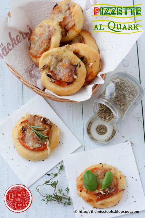 pizzette con impasto al quark - mini pizza with quark dough
