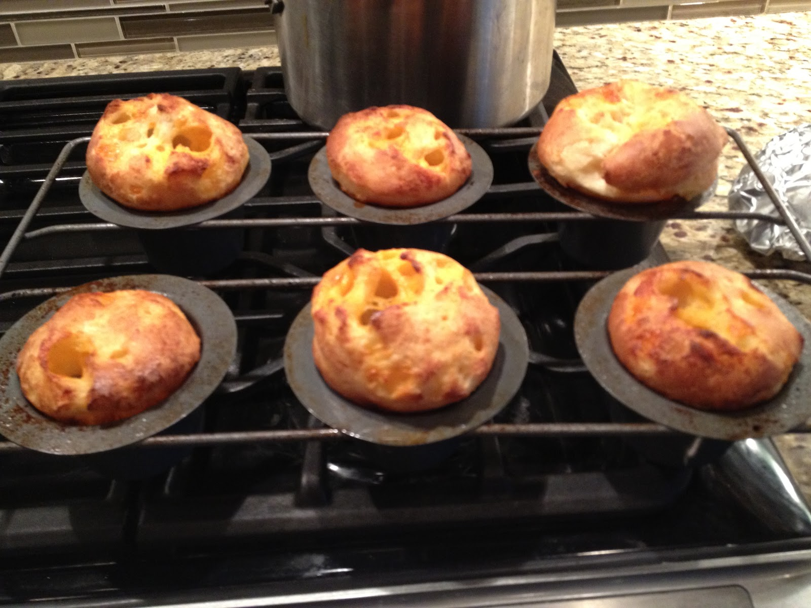 The Food Driven Life: Cheesy Popovers