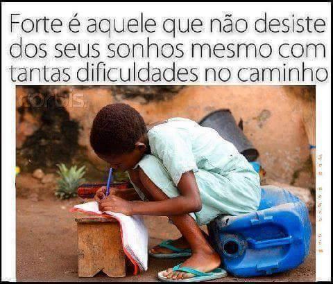 A EDUCAÇÃO É A BASE DE TUDO