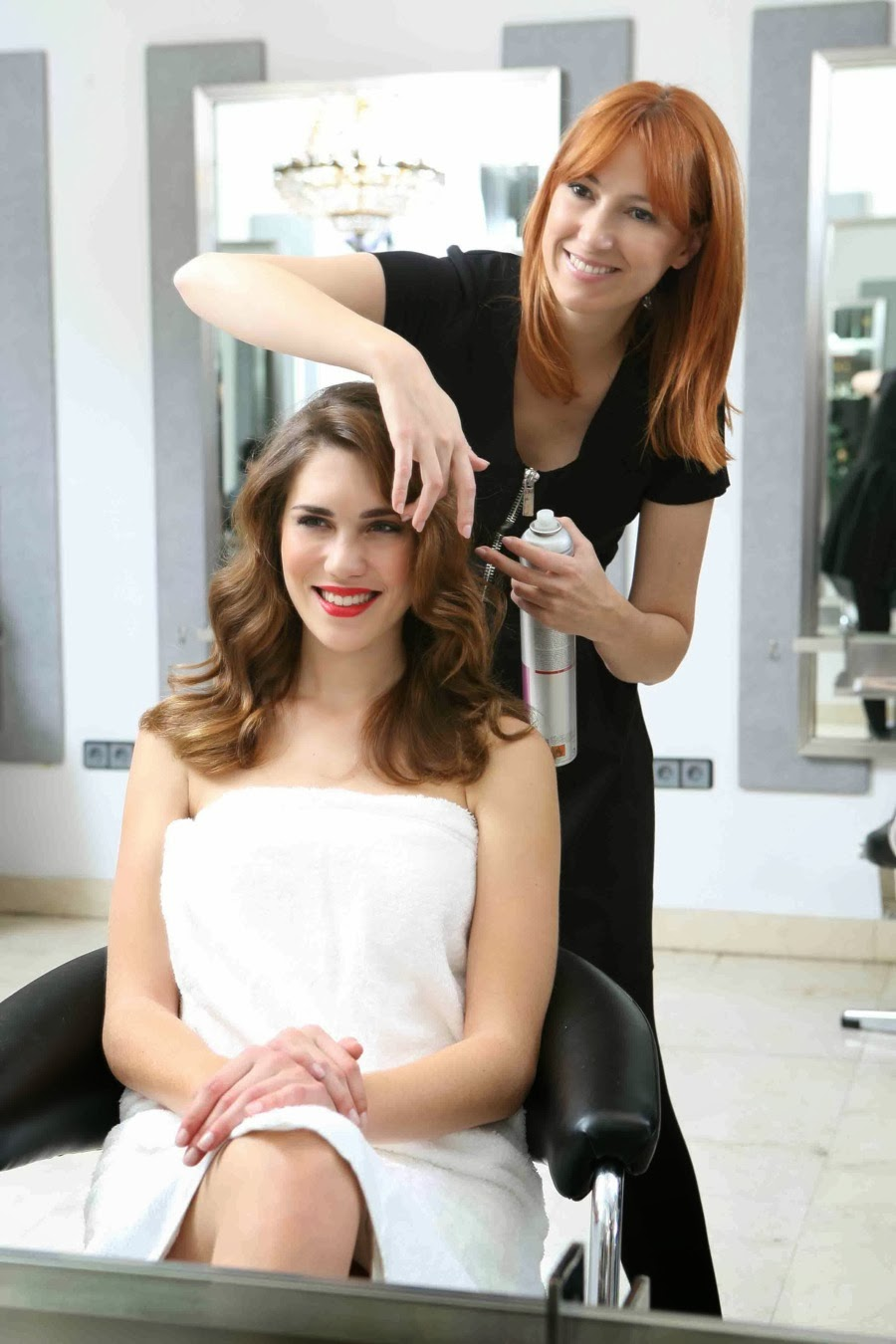 Peinados paso a paso con Maria Baras para HOLA Fashion Special Navidad