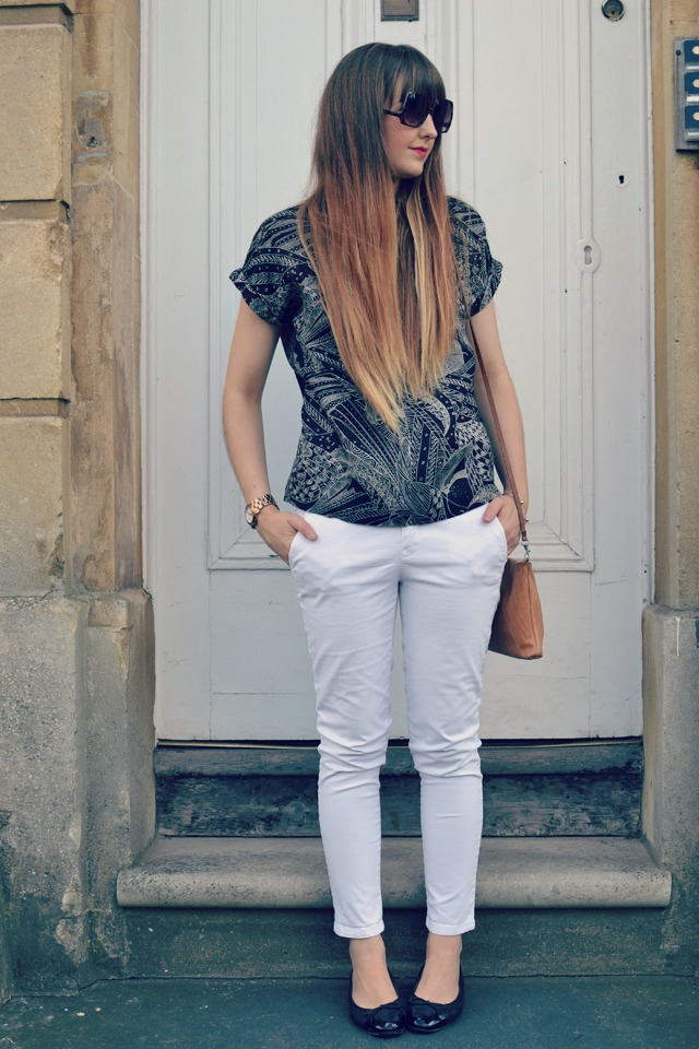 chanel shoes Gap skinny chino Quiksilver Woman blouse ASOS sunglasses