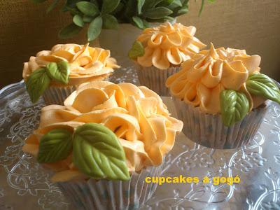 Naranja y Amarillo 100s /& 1000s decoraciones de azúcar de zarzamora Cupcake