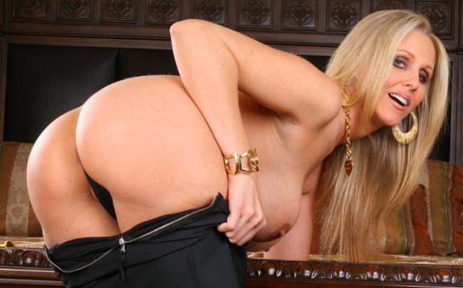 Julia ann pornstar