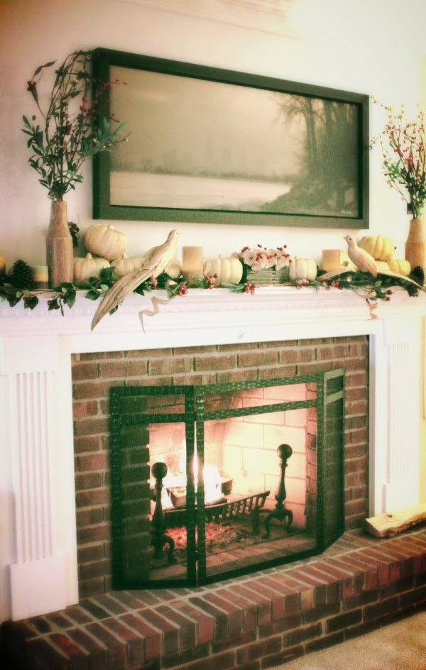 Holiday Mantle Decor #holiday #decor #gold #red #thanksgiving #christmas