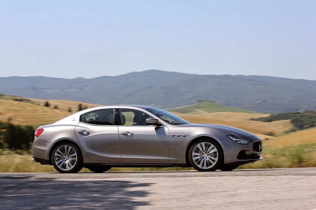 2014 Maserati Ghibli Photos