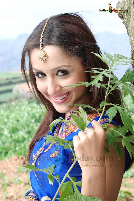 Mallika Kapoor 2