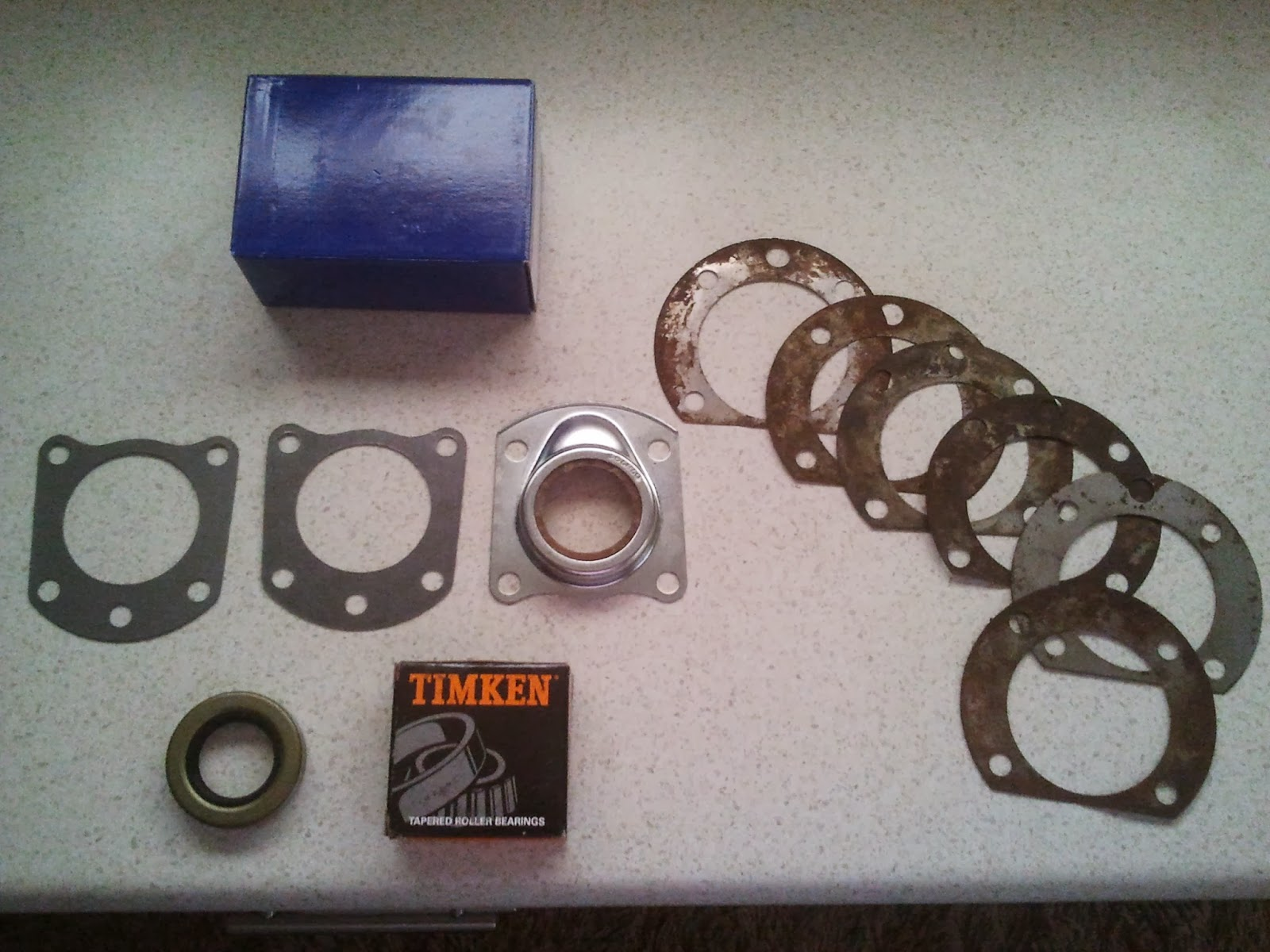 Rear wheel bearing set with axle shims Volvo Amazon