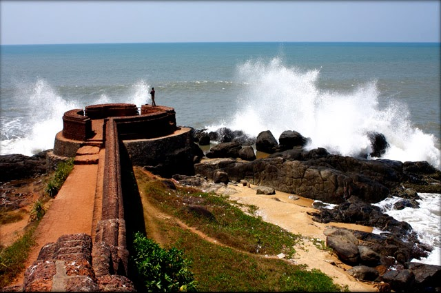 Bekal Fort Beach - A Scenic Seaside with a Wonderful Historic Fort