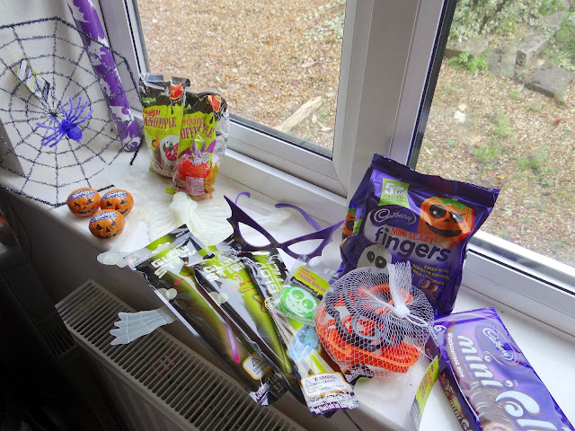 ASDA Halloween, budget Halloween party, one pound Halloween