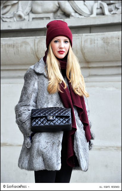 chanel-black-bag-fur coat-bad blonde-rubia mala