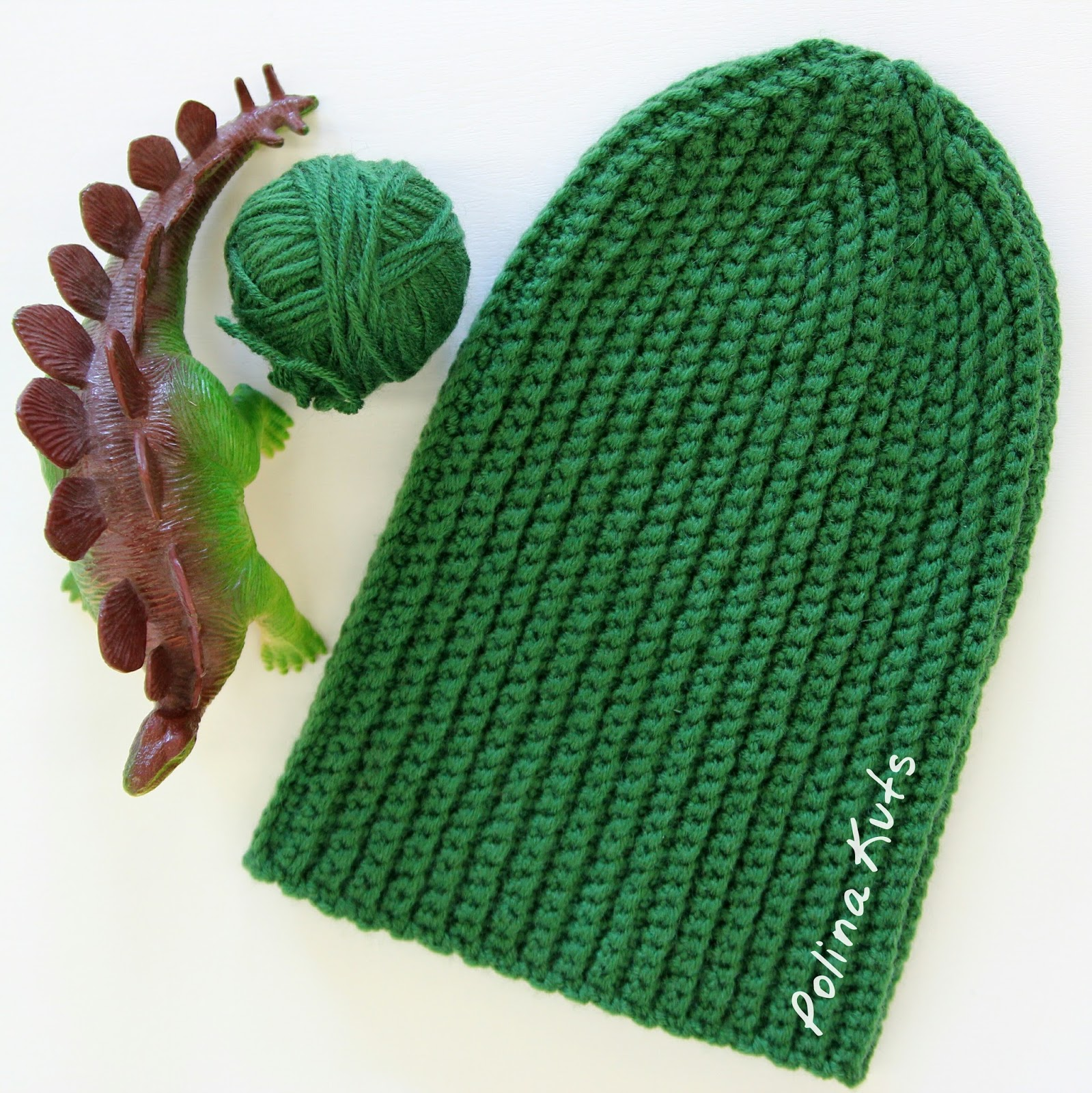Вязаная шапка бини крючком