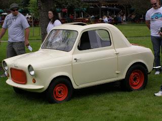vintage Vespa car