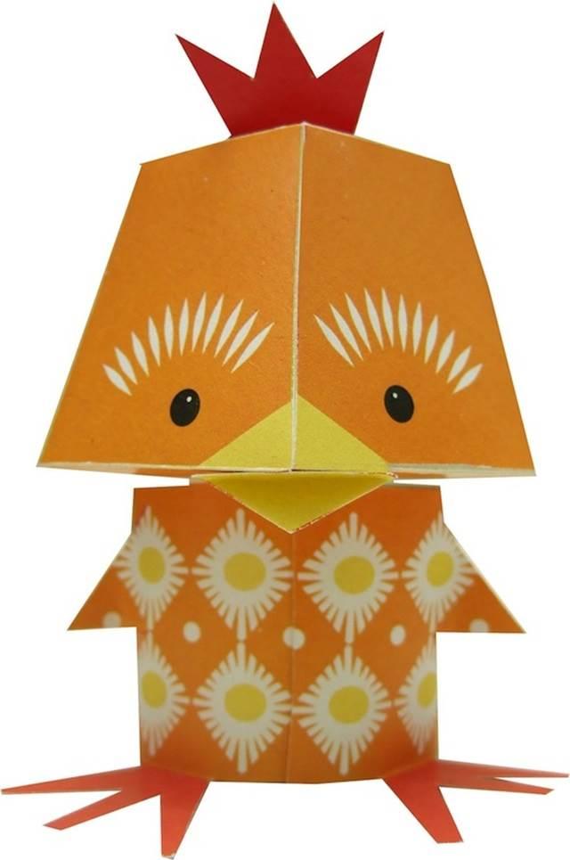 patung anak ayam kertas