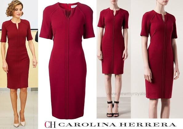 The Queen wore Carolina Herrera Split Neck Dress in Red. Prada pump and Uterque Crocodile Effect Clutch Bag