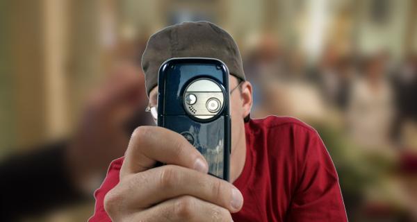 7 حيل وخدع يمكنك القيام بها عن طريق كاميرا هاتفك !