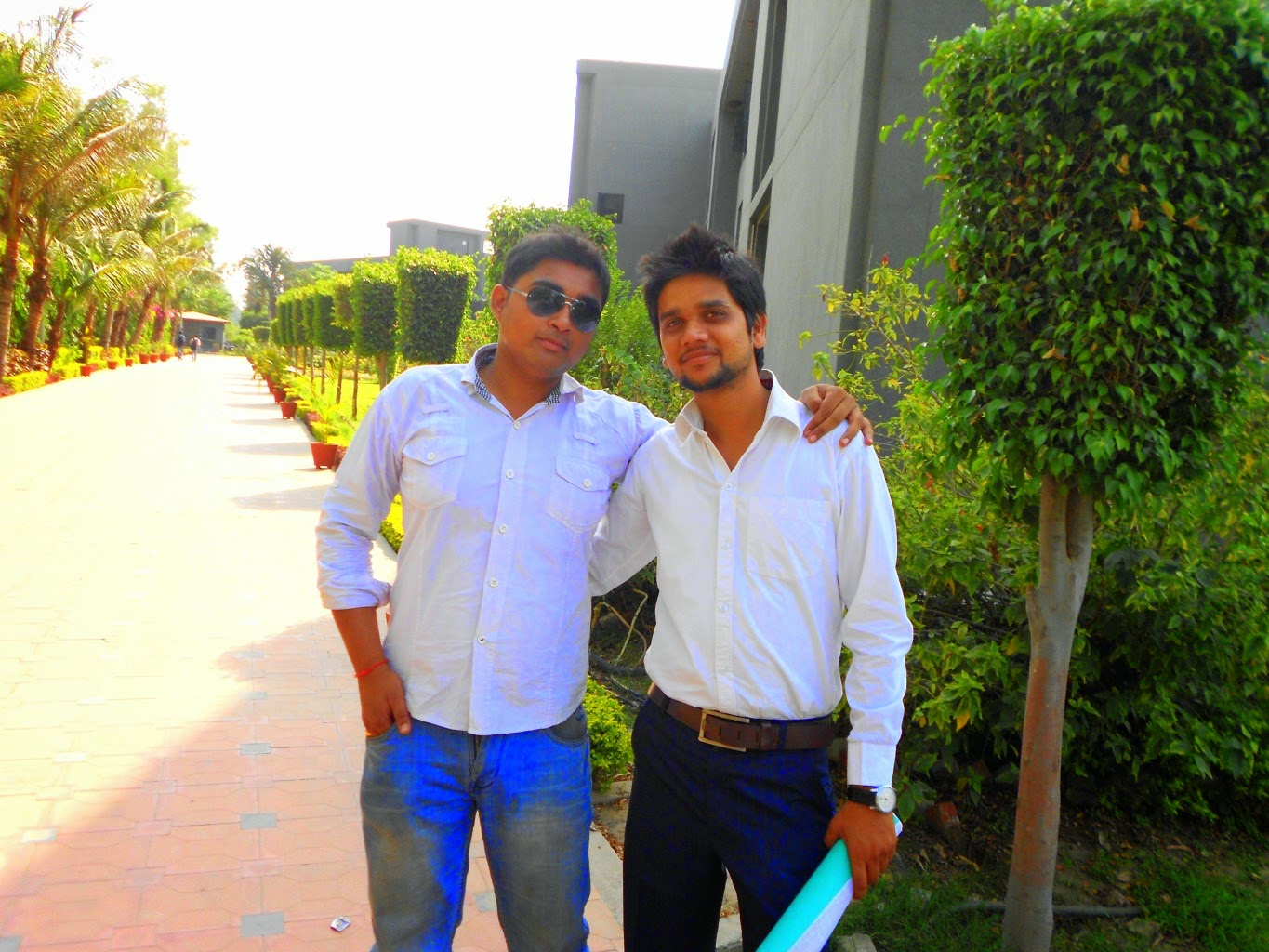 ucer, united college of engineering and research, allahabad, naini, united group of institutions, ugi, students, college friends, engineering students, college campus, ground, cool engineering students