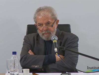 """""""Não existe viva alma mais honesta do que eu"""", diz Lula"""