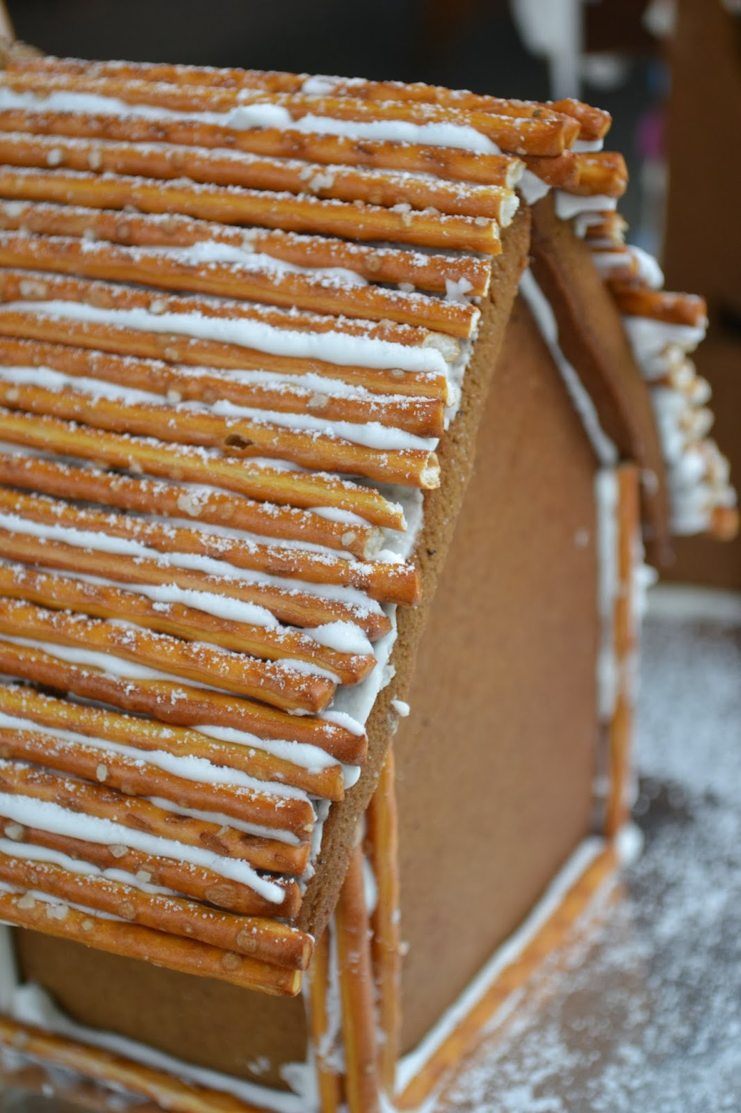 Hide and go Cook: Gingerbread House 2013