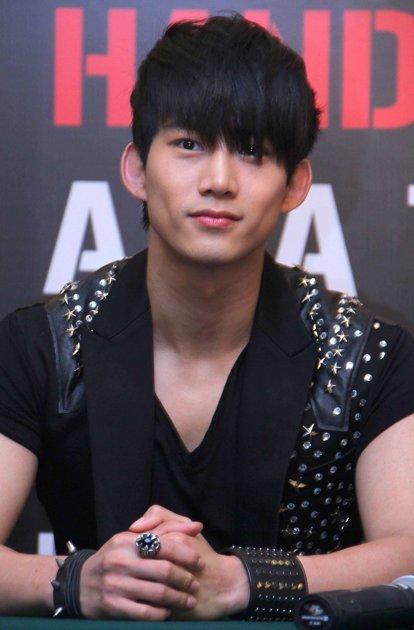 734150205151354018.jpg | Taecyeon, Ok taecyeon, Actor model