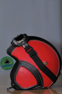 Helm Vespa Klasik Retro