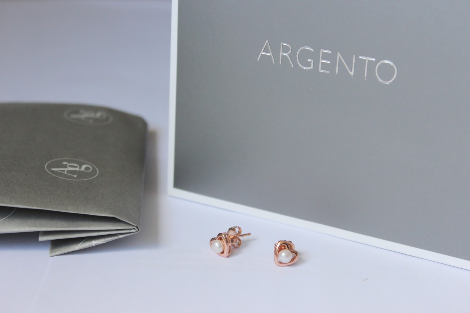 Argento earrings