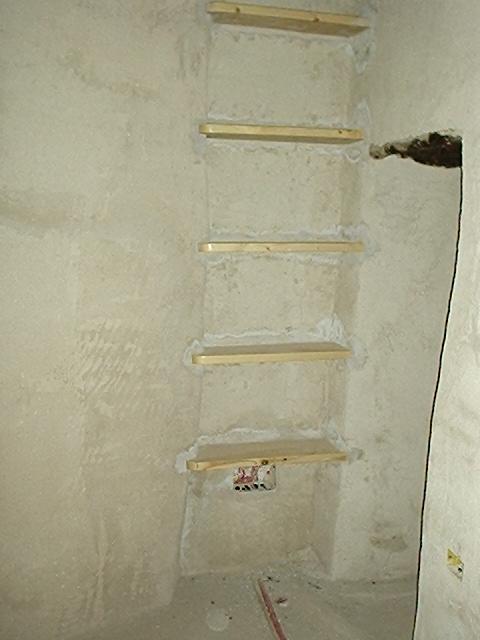 Una casa lenta nicchia bagno giallo 09 2004 - Nicchie in bagno ...