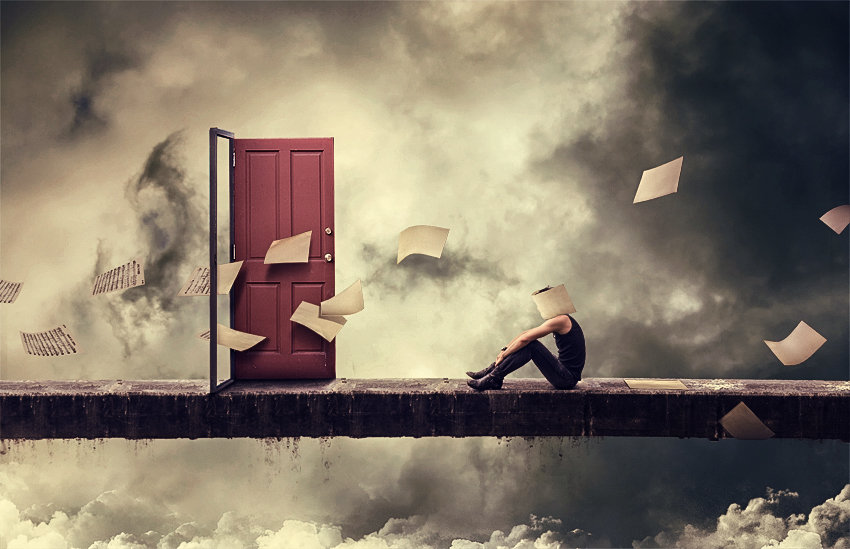 10-Self-Deception-xetobyte-Norvz-Austria-A Hobby-of-Surreal-Photo-Manipulations-www-designstack-co