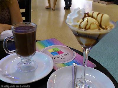 Maricota Café: Chocolate Quente e Café Afogatto