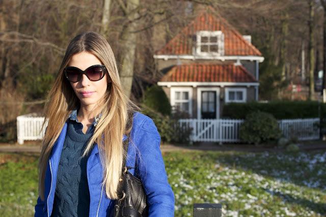 a filha do chefe talita silverberg azul klein jaqueta biker