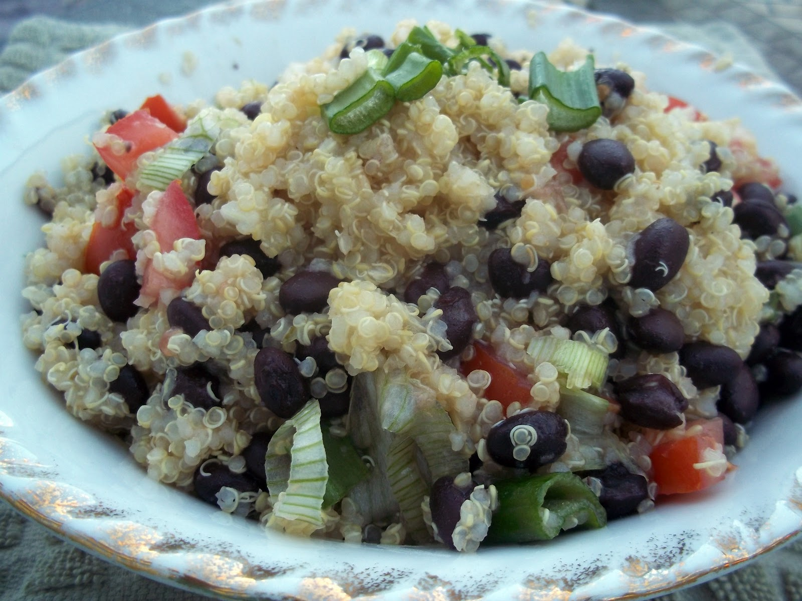 Fruitcake in the Kitchen: Black Bean and Tomato Quinoa