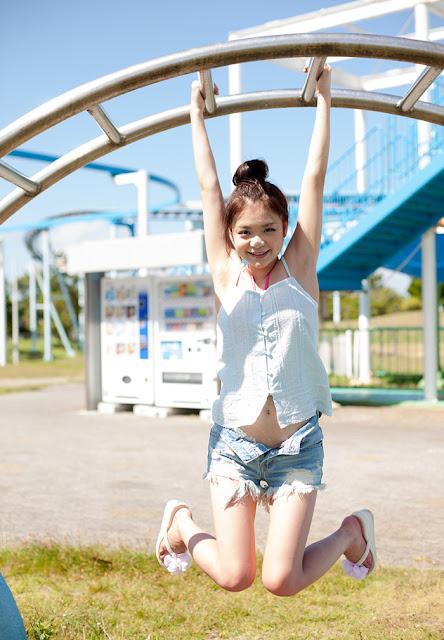 Kana Tsuruta 鶴田かな Photos 10