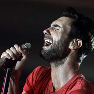 Maroon 5 – Kiss Lyrics | Letras | Lirik | Tekst | Text | Testo | Paroles - Source: emp3musicdownload.blogspot.com