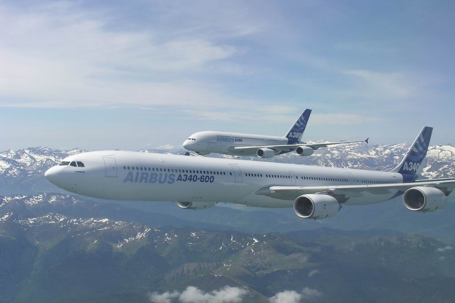 Informoose Airbus A340 Commercial Passengers Airplanes