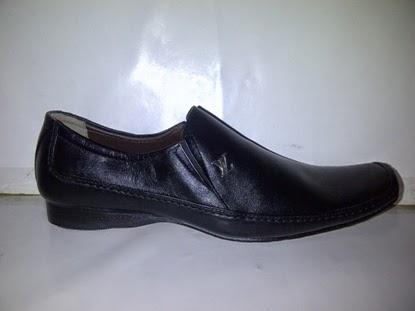 Sepatu Pantofel Vuitton kerja,sepatu kerja,sepatu kantor