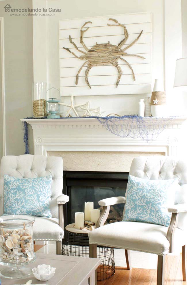 Remodelando la casa summer mantel with driftwood crab art for Casa mantel