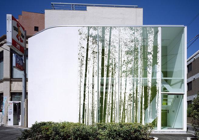 Archi love: tokyo facciata che vibra!