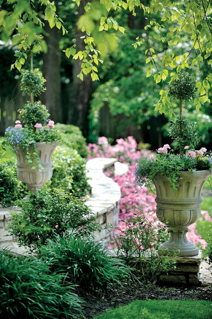 Flowers Gardens: Beautiful Garden Statuary & Urns